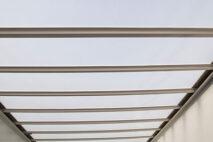 Прозрачная крыша из полимерного материала