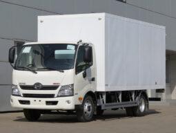 Промтоварный фургон HINO 300 XZU730L до 8т